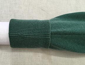 カシミヤセーターの穴修理