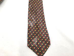 ネクタイの汚れ除去